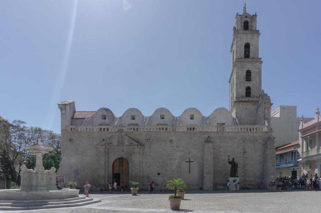 Umnutzung Franz von Assisi Basilika und Kloster zu Museum Außenansicht