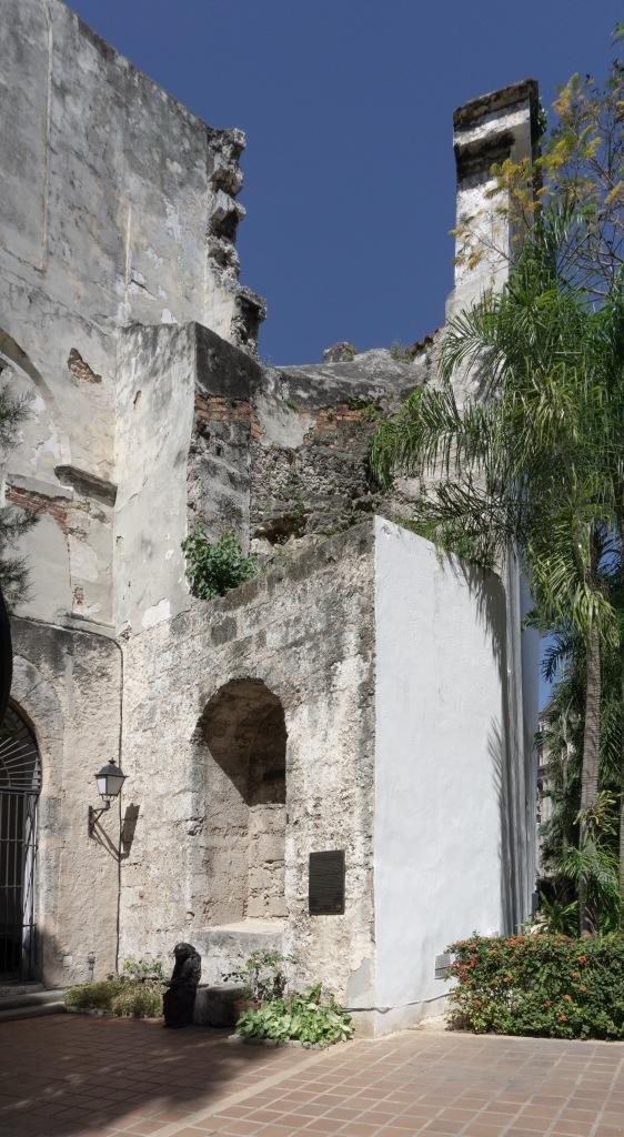 Umnutzung Franz von Assisi Basilika und Kloster zu Museum Außensicht