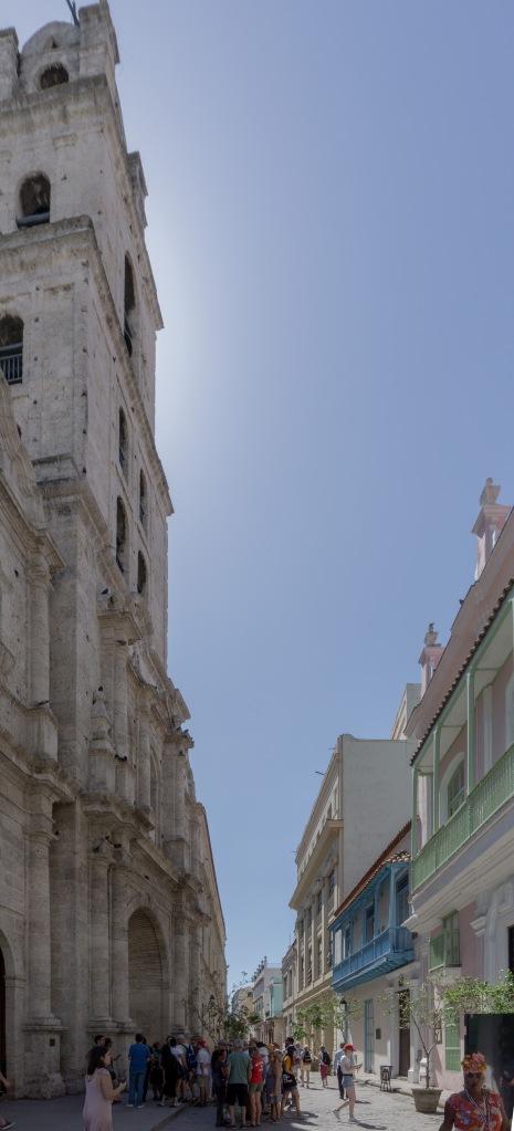 Umnutzung Franz von Assisi Basilika und Kloster zu Museum Eingangssituation