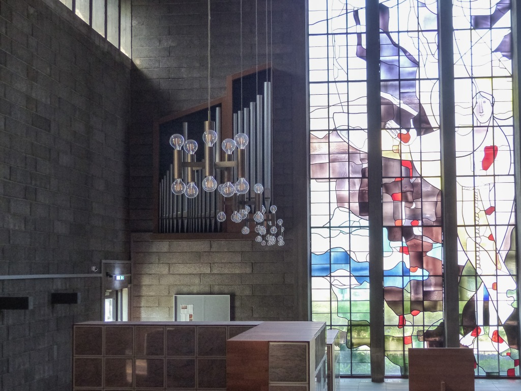 Franziskuskolumbarium Wesel Kirchenumnutzung Lichtsituation