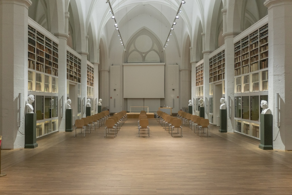 Paulinerkirche Göttingen Universität Kirchenumnutzung Bibliothek